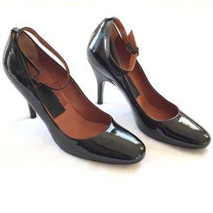 LANVIN Black Patent Leather Pump Heels